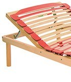 Slatted bed base with manual risers